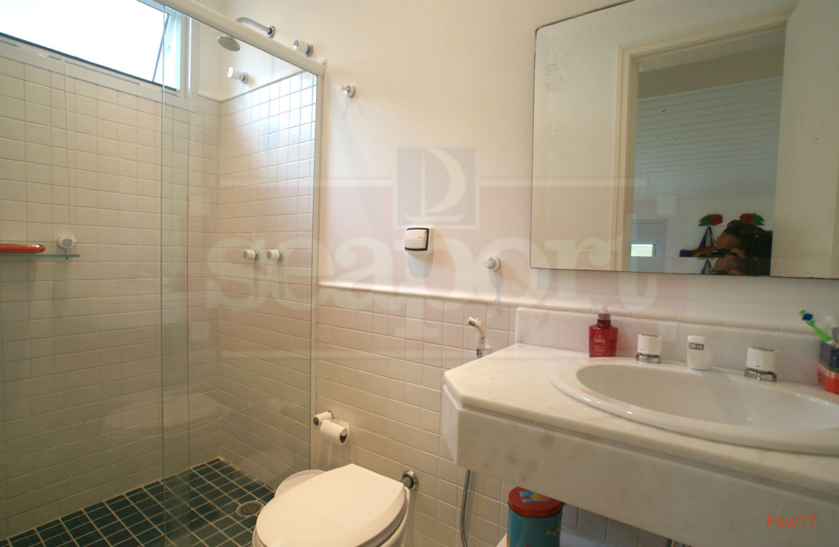 Suite 1 WC