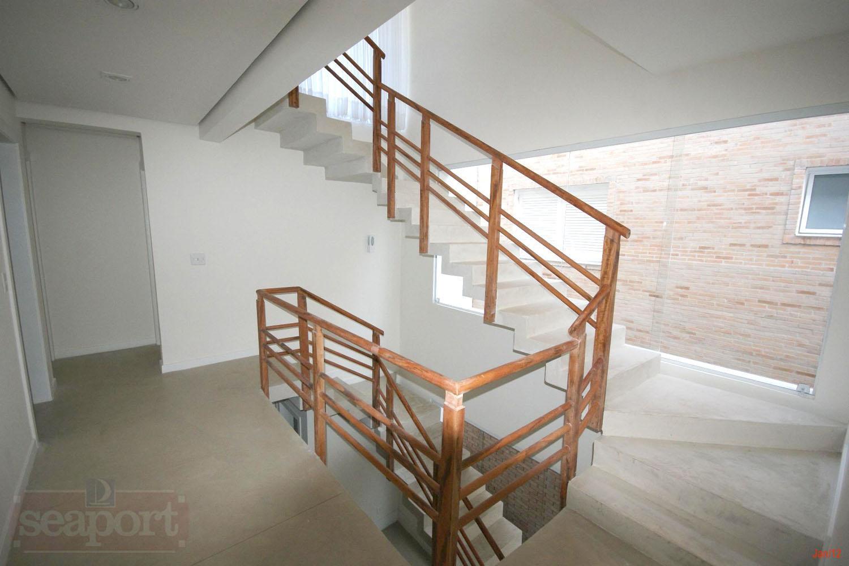 Escada Acesso Mezzanino