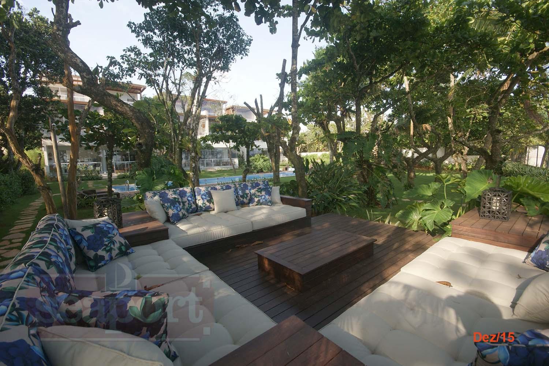 Deck e Jardim