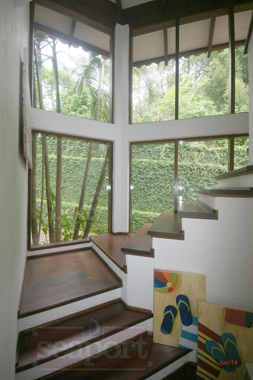 Escada - Acesso Suítes