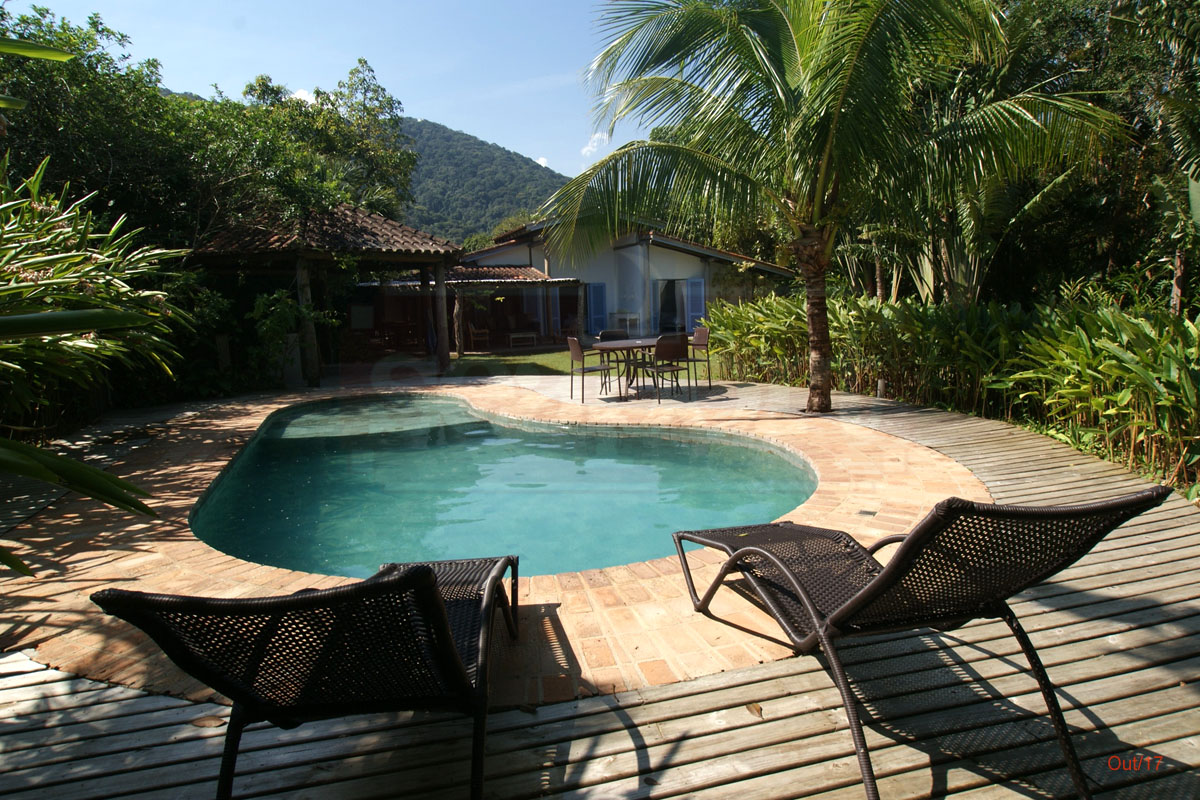 Piscina e Deck  Frente ao Mar