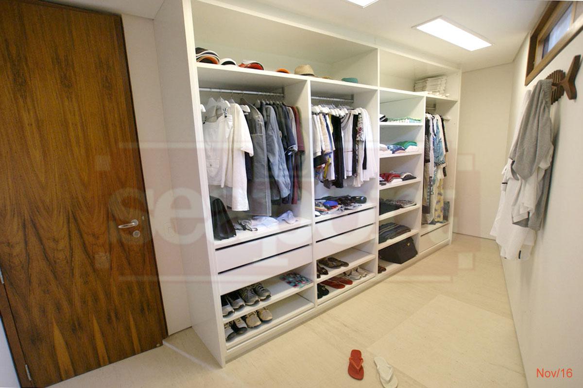 Suite 1 Closet