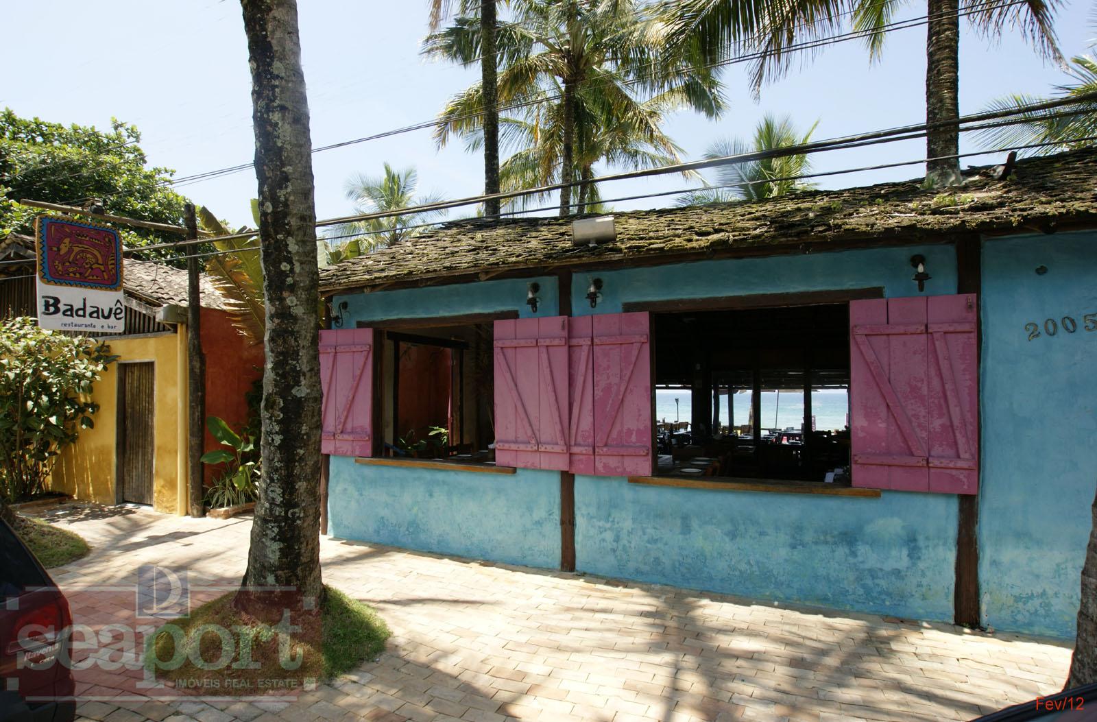 Restaurante e Bar Badauê, pé na areia, vizinho ao condomínio