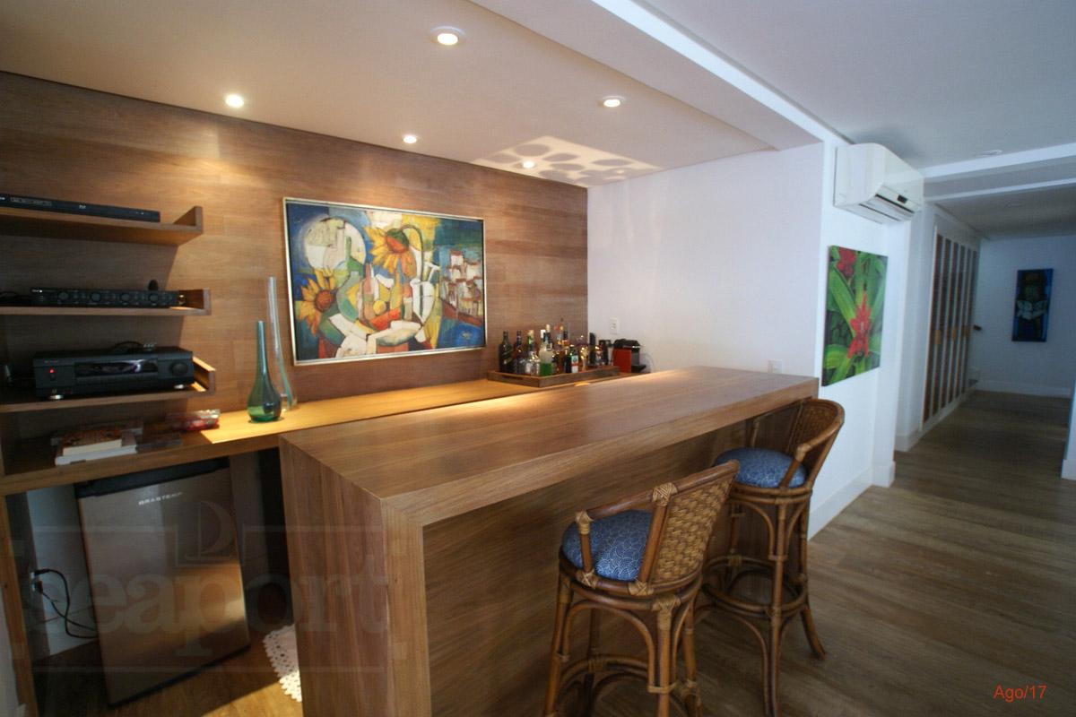 Salas/Bar
