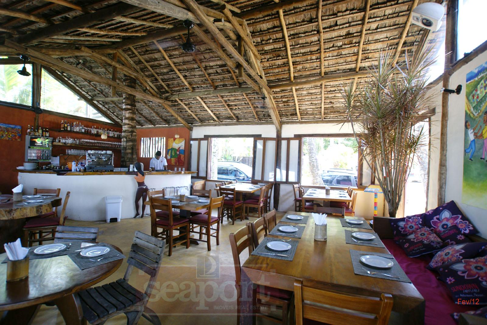 Restaurante vizinho, frente mar Badauê