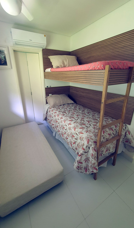 Suíte 3 , sub cama colchão mola