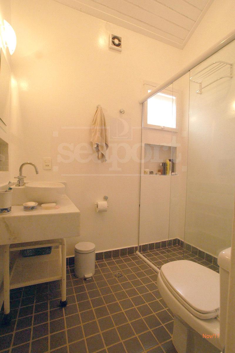 Banheiro dormitórios