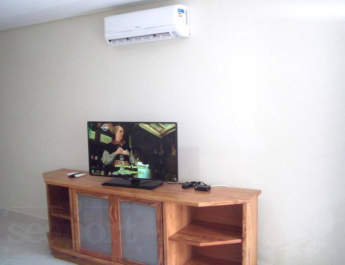 Tv sky /Sala com ar condicionado