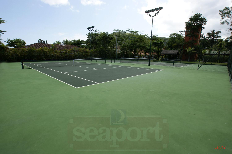 Quadra de tênis do Condomínio