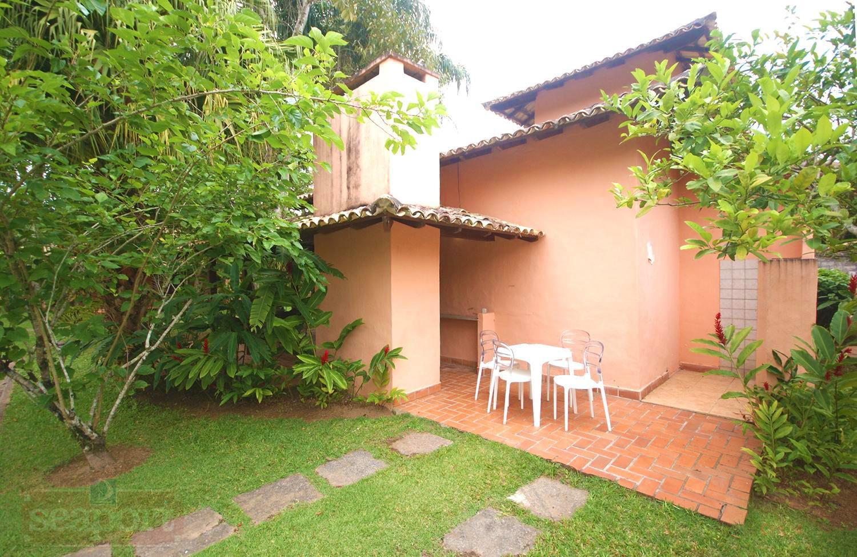 Quintal e Jardim