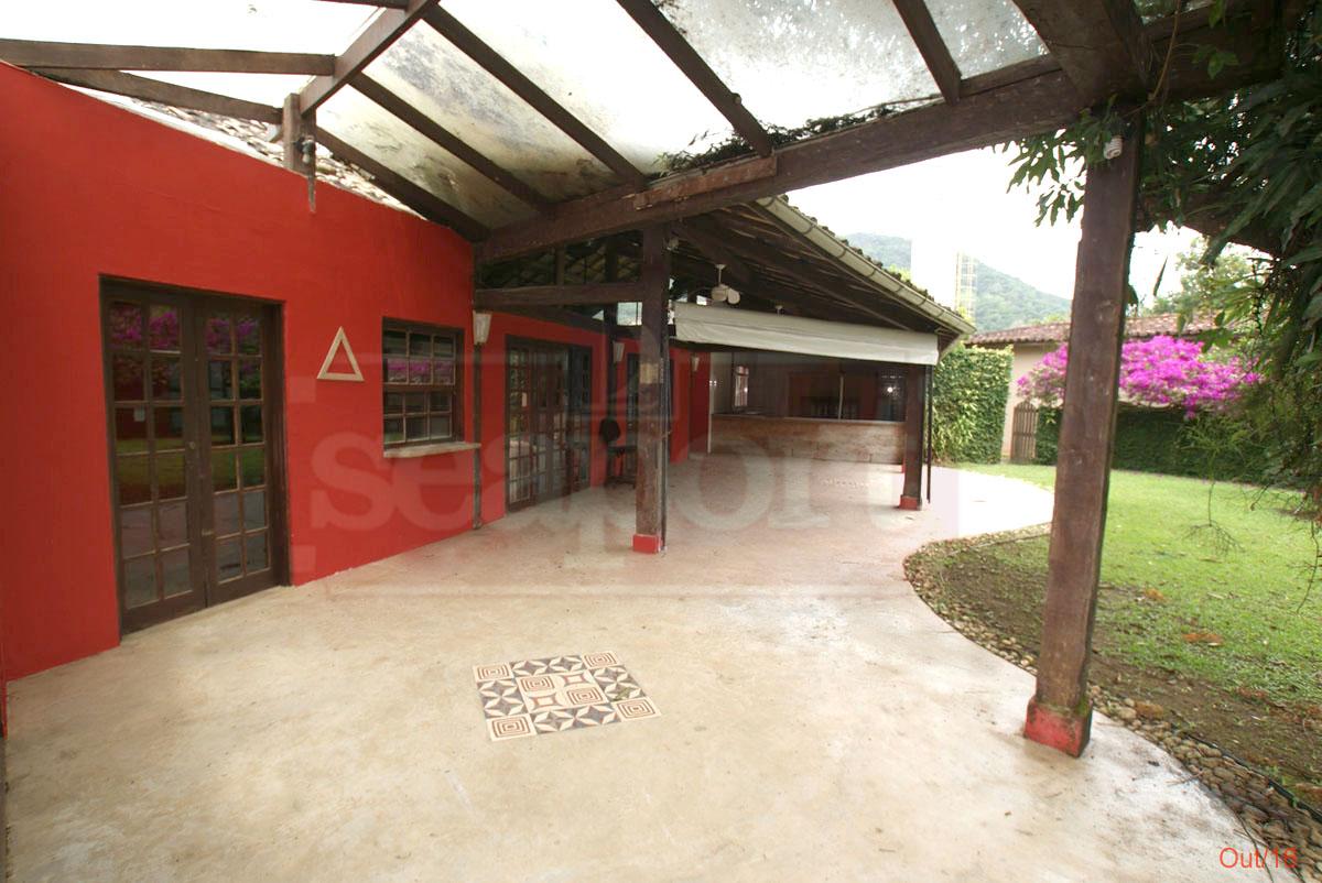 Hall de Entrada e Varanda